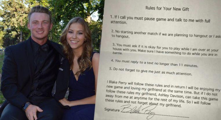 Blake en zijn vriendin Ashley, met het contract dat ze voor hem opstelde.