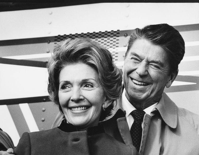 Ronald Reagan nam op zijn 69ste samen met Nancy zijn intrek in het Witte Huis.