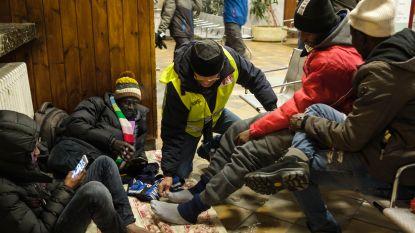 """Italië woedend omdat Franse douaniers Italiaans migrantencentrum """"binnenvallen"""""""