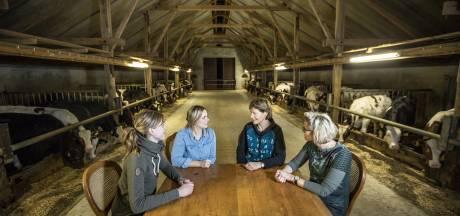 Ervencoaches schuiven aan bij de keukentafel op boerderijen in Noordoost-Twente