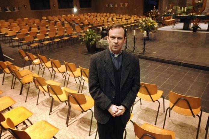 Deken Roland Kerssemakers. foto Bert Beelen