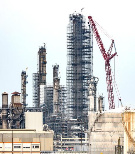 Shell pikt frustreren onderhoudsstop op Moerdijk niet: 'Veiligheid in het geding'