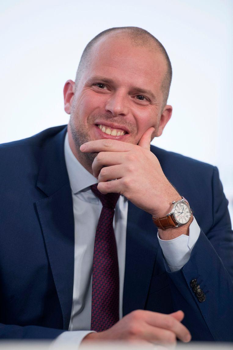 Staatssecretaris Theo Francken reageerde vandaag opgelucht nadat zijn partijvoorzitter zijn steun betuigde.