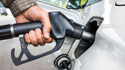 Benzineprijs zakt naar laagste peil in meer dan jaar