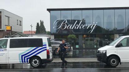 Vrouw voor ogen van dochtertje neergestoken in bakkerij in Torhout, slachtoffer in levensgevaar