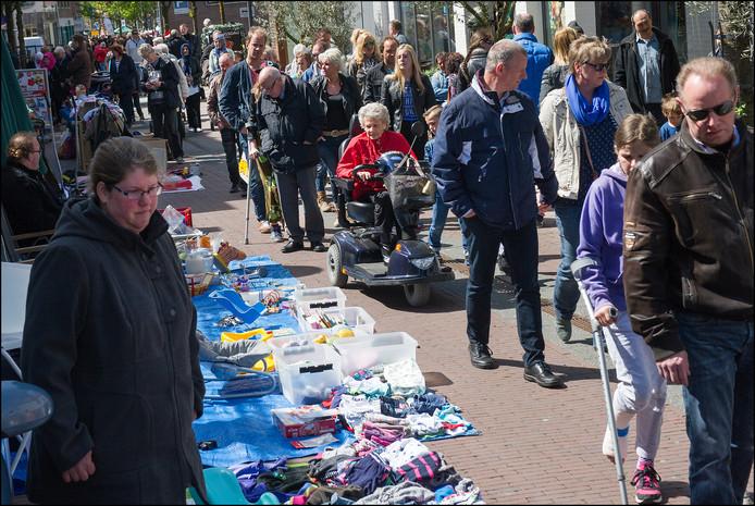 De vrijmarkt in het centrum van Cuijk. Archieffoto