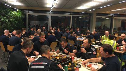 Er moet ook gewerkt worden: onder meer de brandweer zorgt ervoor dat u vanavond (veilig) kan feesten