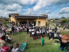 Prijs verzilverd: concert in achtertuin Aardehuizen Olst
