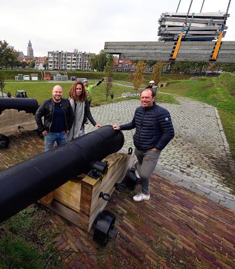 Opbouw tijdelijk restaurant Wild & Wijn op 't Ravelijn van start in Bergen op Zoom