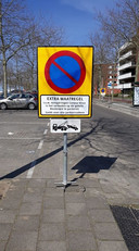 Niet parkeren.