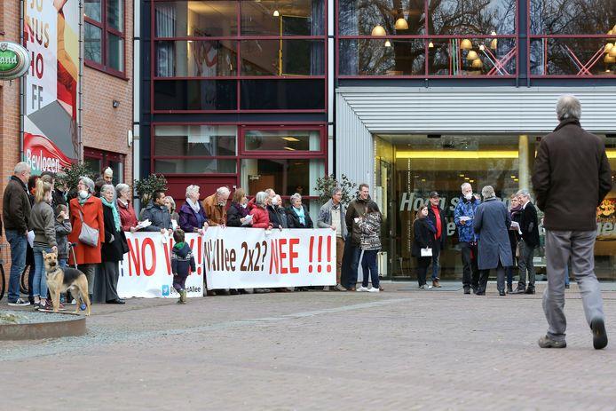 Bewoners van de Roghorst protesteerden in 2017 al tegen de aanpak van de Nijenoord Allee.