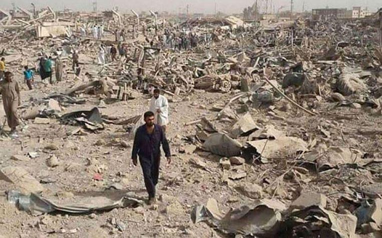 De overblijfselen van het gebied in Hawija na de luchtaanvallen, waarbij naar schatting zeventig burgers omkwamen. Beeld Airwars.org