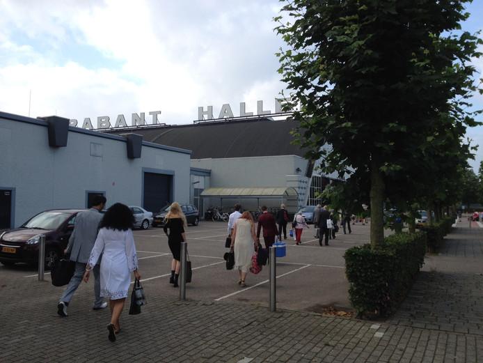 Het was vrijdagochtend al vroeg druk met de vele bezoekers bij de Brabanthallen.