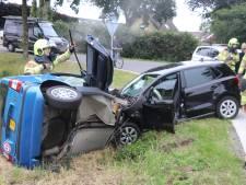 Twee gewonden bij botsing in Kootwijkerbroek