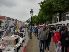 Open Havendag in Gorinchem met drakenbootraces en kraampjes vol lekkers