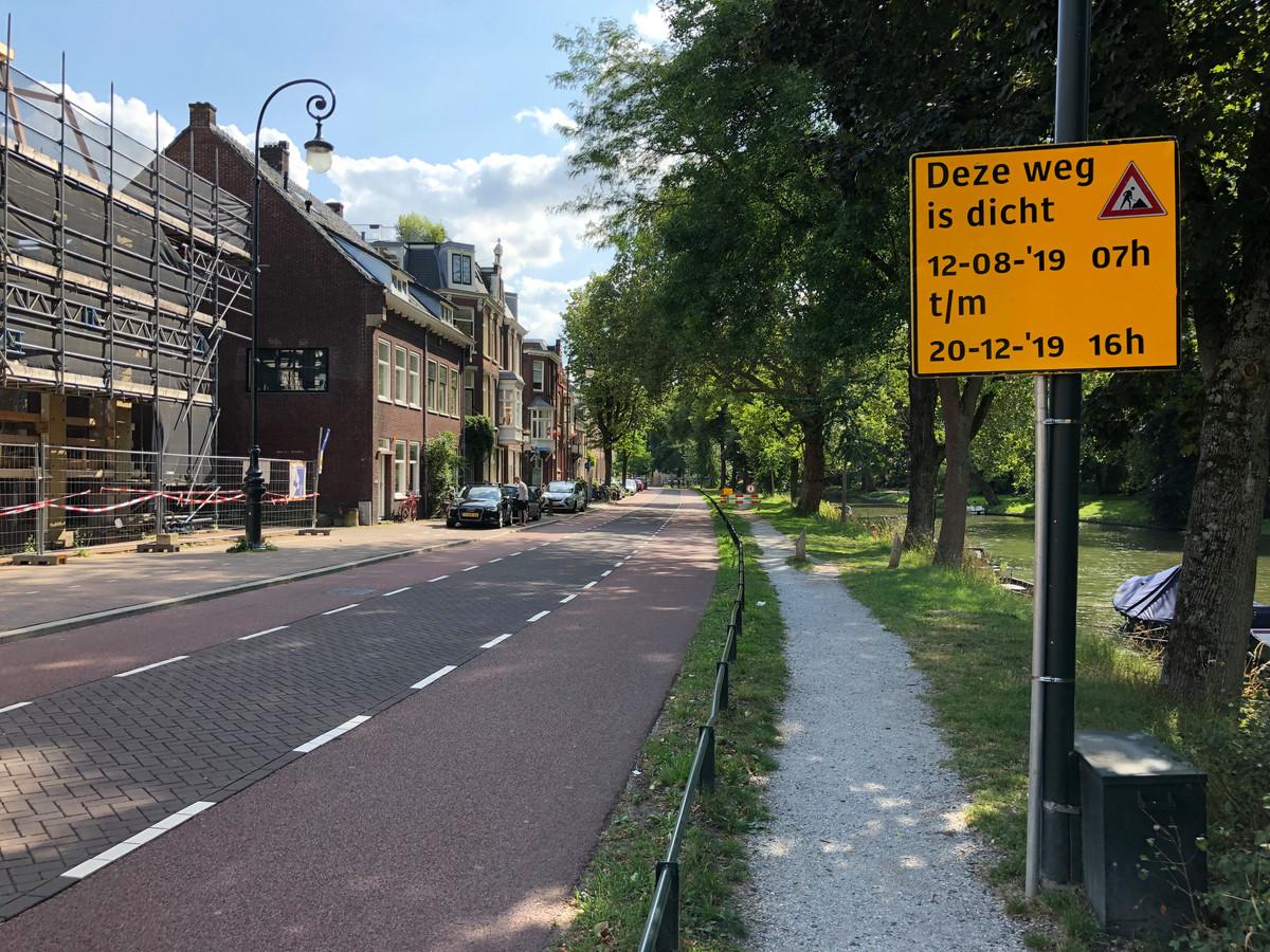 Tot en met 20 december is de Tolsteegsingel afgesloten voor verkeer.