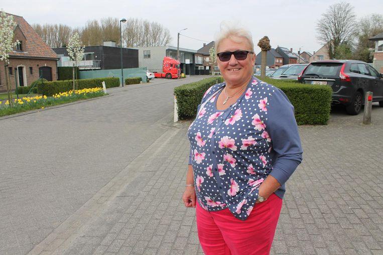 Linda Van den Eede (N-VA) heeft er veertig jaar in de oppositie opzitten, maar wil volgend jaar een gooi naar de sjerp doen.