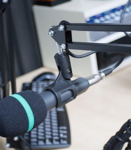 Zwolle onderzoekt extra eisen voor nieuwe lokale omroep na onvrede over RTV Zwolle FM