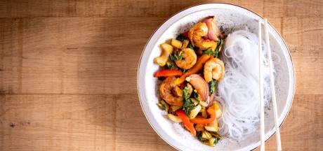 Wat Eten We Vandaag: Gewokte garnalen met chili-knoflooksaus