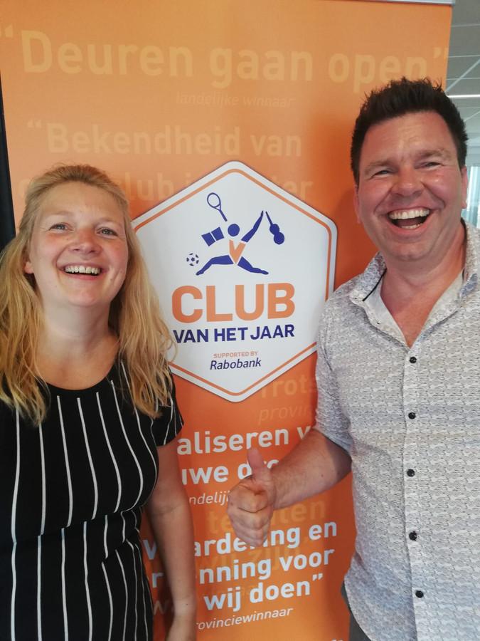 Helen Hendriks en Roy Koops van Music All zijn dolblij met de uitverkiezing van hun musicalgezelschap tot Club van het Jaar.