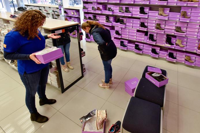 In totaal gingen er vorig jaar bij vanHaren 7.1 miljoen paar schoenen over de toonbank.