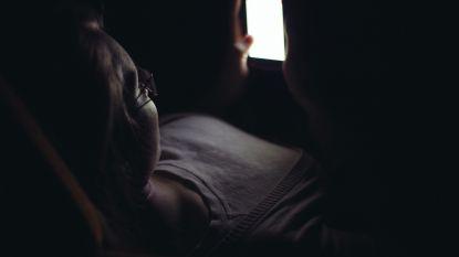 Onthutsende Pano-reportage: undercoverredactrice al snel gecontacteerd door 7 tienerpooiers