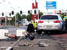 Fietsboot Eemlijn vaart niet door crash op Koppelbrug