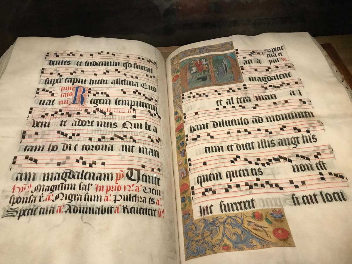 Gregoriaans notenschrift.