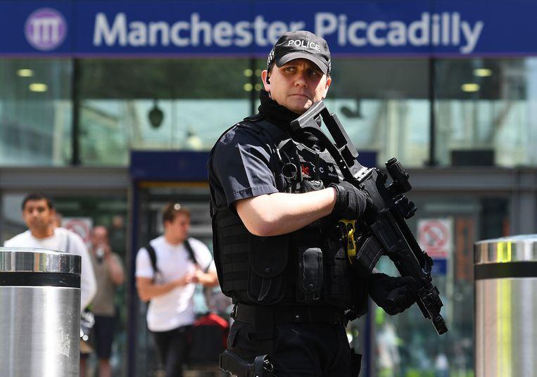 Gewapende politie in Manchester. Beeld epa