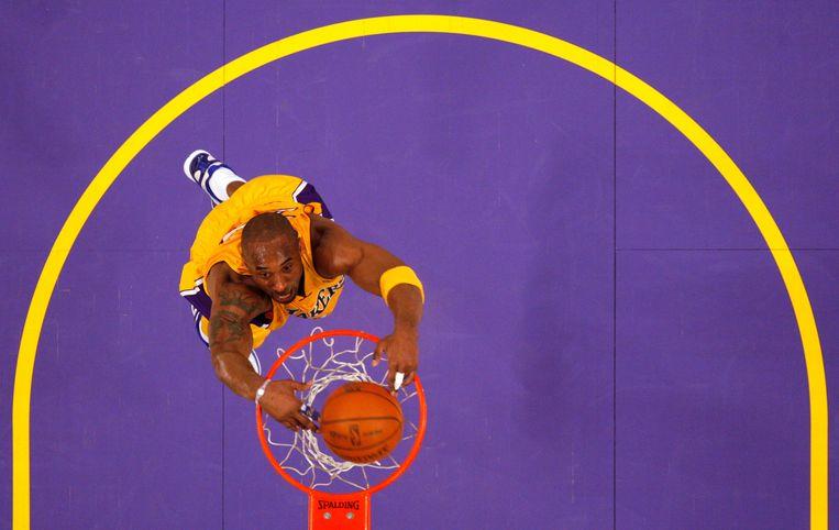 Kobe Bryant op eenzame hoogte. Beeld Reuters