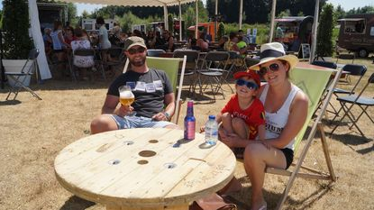 Foodtruckfestival 'Kortemark Zomert' is schot in roos