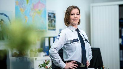 """'De Buurtpolitie'-actrice Charlotte De Groof: """"Ik heb me nooit ongemakkelijk gevoeld bij Bart De Pauw"""""""