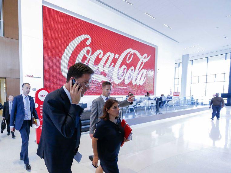 Premier Mark Rutte dinsdag tijdens een bezoek aan het hoofdkwartier van Coca-Cola in Atlanta. Beeld epa