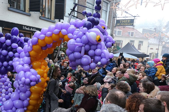 De binnenstad van Zutphen verandert op 15 december voor de tweede keer in één groot sprookjesboek.