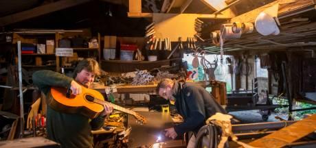 Sterke verhalen in Putten van Eric Vaarzon Morel en Gerrit van Emous over de Elfstedentocht