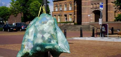 Afvalzakken ontsieren al maanden het dorpsgezicht in Hank