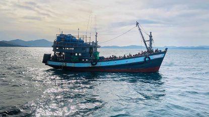 Tientallen Rohingya dood gevonden op schip