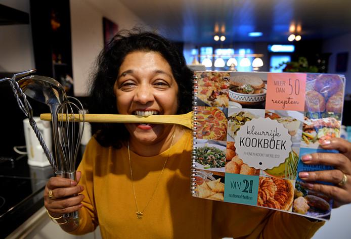 Mala Roks uit Elst staat met haar gerecht ook in het 'Kleurrijk Kookboek Rhenen'.