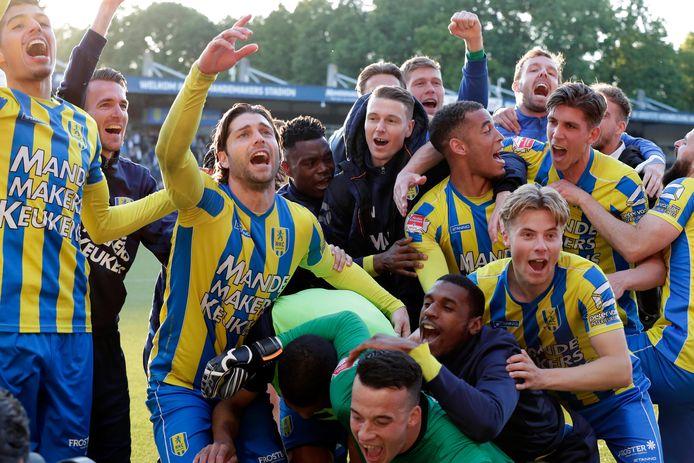 RKC viert feest nadat de halve finale van de play-offs is bereikt.