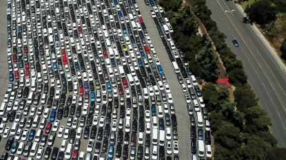Miljarden om sputterende motor draaiende te houden