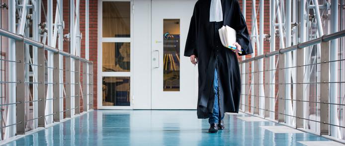 De 19-jarige Ismail S. ontkende vandaag in de Dordtse rechtbank elke betrokkenheid.
