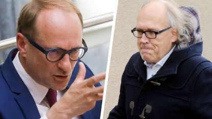"""Kortrijk-voorzitter Allijns en minister Weyts kibbelen op Twitter: """"Voetballers vergeten toch niet hoe match in mekaar zit?"""""""