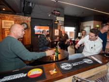 Café in Holten vervangt gesloten sportkantine: 'Waarom niet? Het kan veilig'