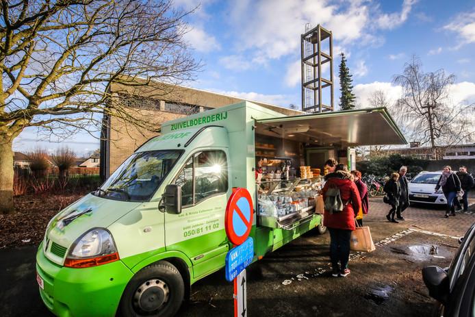 Brugge overdekte markt in de voormalige Sint Franciscus Van Assisië kerk