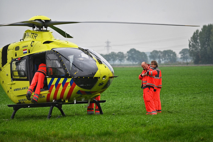 Traumahelikopter in Lage Zwaluwe.