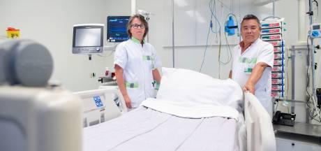 IC-personeel Ziekenhuis Gelderse Vallei: 'Je wordt geleefd. Het is veel en langdurig veel'