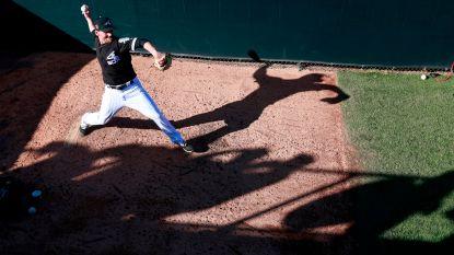 Pitcher White Sox kritiek nadat hij in elkaar zakt in dug-out