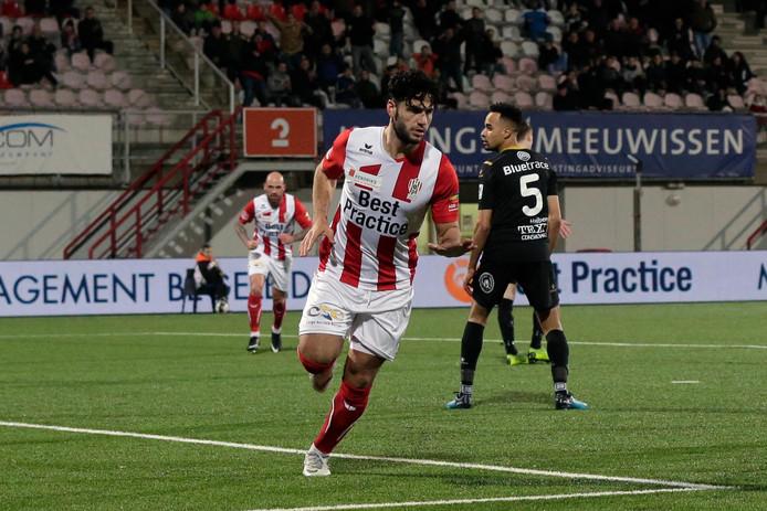 Huseyin Dogan maakte zijn status als goaltjesdief weer eens waar. Zijn vijftiende treffer van het seizoen bezorgde TOP Oss de eerste zege van het kalenderjaar.