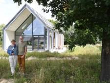 Buiten naar binnen halen in Berkel-Enschot: de kans benut met een glazen vogelkijkhut