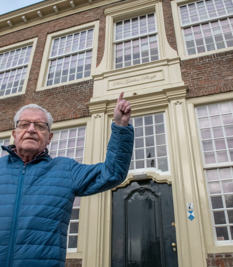 'Geef middeleeuwse panden in Hulst  hun historische namen terug'